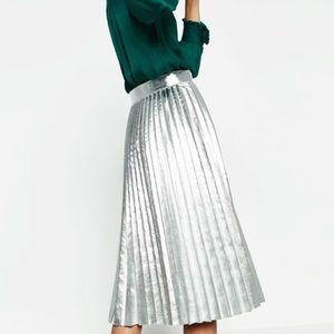 Zara Accordion Pleated Silver Skirt